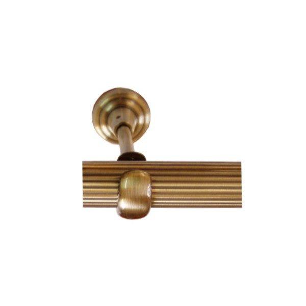 Drážkovaná kovová tyč o průměru 19mm v barvě antická mosaz.