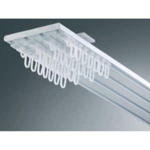 Záclonové alu kolejnice pro montáž na strop v provedení čtyřkolejnice.